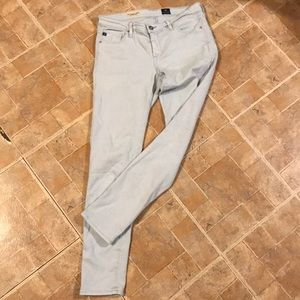 ✨AG THE LEGGING ANKLE BLUE JEANS SIZE 28✨